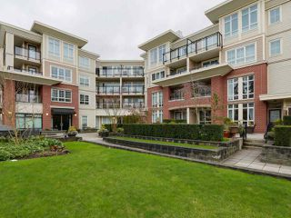 """Photo 16: 405 2940 KING GEORGE Boulevard in Surrey: Elgin Chantrell Condo for sale in """"HIGH STREET"""" (South Surrey White Rock)  : MLS®# R2041949"""