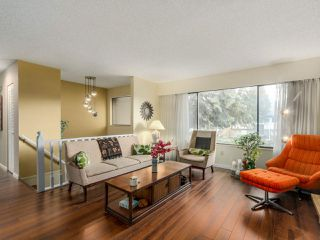 "Photo 3: 927 CORNWALL Place in Port Coquitlam: Lincoln Park PQ House for sale in ""LINCOLN PARK"" : MLS®# R2045430"