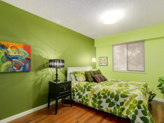 "Photo 14: 927 CORNWALL Place in Port Coquitlam: Lincoln Park PQ House for sale in ""LINCOLN PARK"" : MLS®# R2045430"