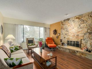 "Photo 4: 927 CORNWALL Place in Port Coquitlam: Lincoln Park PQ House for sale in ""LINCOLN PARK"" : MLS®# R2045430"
