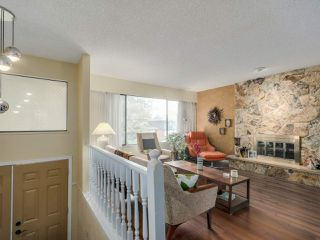 "Photo 2: 927 CORNWALL Place in Port Coquitlam: Lincoln Park PQ House for sale in ""LINCOLN PARK"" : MLS®# R2045430"