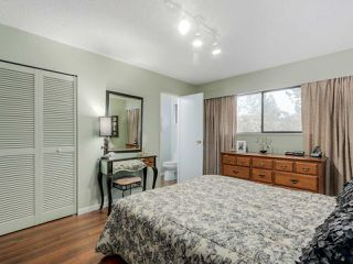 "Photo 12: 927 CORNWALL Place in Port Coquitlam: Lincoln Park PQ House for sale in ""LINCOLN PARK"" : MLS®# R2045430"