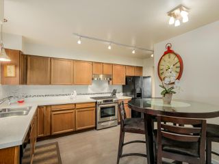 "Photo 8: 927 CORNWALL Place in Port Coquitlam: Lincoln Park PQ House for sale in ""LINCOLN PARK"" : MLS®# R2045430"