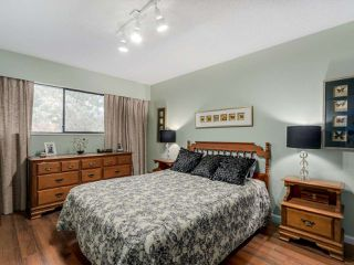 "Photo 11: 927 CORNWALL Place in Port Coquitlam: Lincoln Park PQ House for sale in ""LINCOLN PARK"" : MLS®# R2045430"