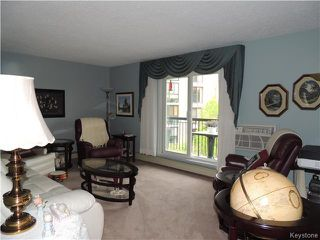 Photo 2: 785 St Anne's Road in Winnipeg: St Vital Condominium for sale (South East Winnipeg)  : MLS®# 1613901