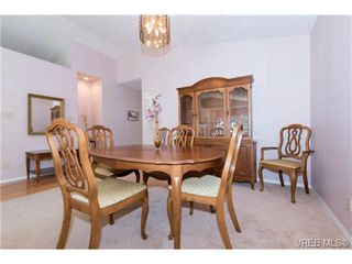 Photo 11: 25 901 Kentwood Lane in VICTORIA: SE Broadmead Row/Townhouse for sale (Saanich East)  : MLS®# 738052