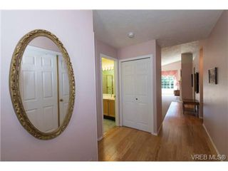 Photo 8: 25 901 Kentwood Lane in VICTORIA: SE Broadmead Row/Townhouse for sale (Saanich East)  : MLS®# 738052