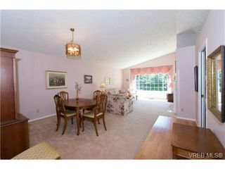 Photo 13: 25 901 Kentwood Lane in VICTORIA: SE Broadmead Row/Townhouse for sale (Saanich East)  : MLS®# 738052