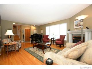 Photo 7: 3805 HILL Avenue in Regina: Single Family Dwelling for sale (Regina Area 05)  : MLS®# 584939