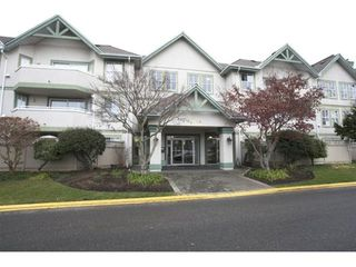 Photo 2: 301 12633 72 Avenue in Surrey: West Newton Condo for sale : MLS®# R2104607