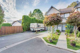 Main Photo: 9 22980 ABERNETHY Lane in Maple Ridge: East Central Townhouse for sale : MLS®# R2105819