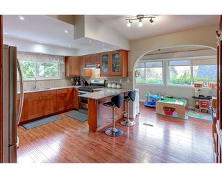 Photo 9: 1897 DAWES HILL Road in Coquitlam: Central Coquitlam House for sale : MLS®# R2121879