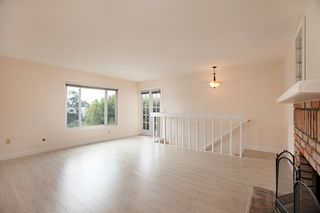 Photo 6: UNIVERSITY HEIGHTS Condo for sale : 2 bedrooms : 4212 Maryland St #1 in San Diego