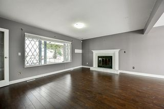 Photo 4: 6727 142 Street in Surrey: East Newton House for sale : MLS®# R2143241