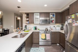 "Photo 3: 211 19936 56 Avenue in Langley: Langley City Condo for sale in ""BEARING POINTE"" : MLS®# R2143683"
