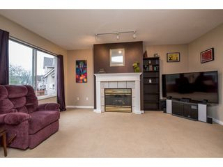 Photo 5: 12 19948 WILLOUGBY Way in Langley: Willoughby Heights Townhouse for sale : MLS®# R2145726