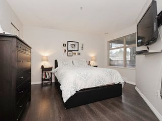 "Photo 13: 210 400 KLAHANIE Drive in Port Moody: Port Moody Centre Condo for sale in ""Klahanie"" : MLS®# R2149153"
