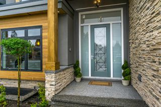 Photo 3: 1650 COMO LAKE Avenue in Coquitlam: Central Coquitlam House for sale : MLS®# R2161003