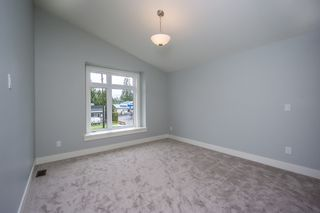Photo 31: 1650 COMO LAKE Avenue in Coquitlam: Central Coquitlam House for sale : MLS®# R2161003