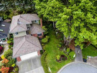 """Photo 2: 1491 PERCY Court in North Vancouver: Indian River House for sale in """"INDIAN RIVER"""" : MLS®# R2165581"""