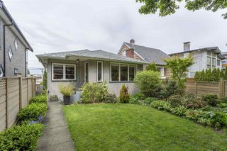 "Photo 13: 1347 E 37TH Avenue in Vancouver: Knight House for sale in ""KNIGHT"" (Vancouver East)  : MLS®# R2166449"