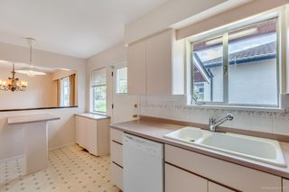 "Photo 17: 7768 MCGREGOR Avenue in Burnaby: South Slope House for sale in ""SOUTH SLOPE"" (Burnaby South)  : MLS®# R2166780"