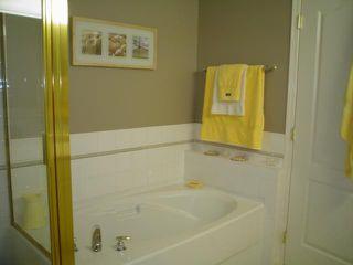 Photo 9: 303 17727 58TH AV in Cloverdale: Home for sale : MLS®# F2627314