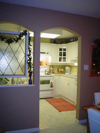 Photo 6: 303 17727 58TH AV in Cloverdale: Home for sale : MLS®# F2627314