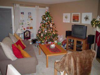 Photo 2: 303 17727 58TH AV in Cloverdale: Home for sale : MLS®# F2627314