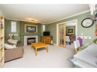 Photo 11: 18233 56B AVENUE in Cloverdale: Home for sale : MLS®# R2064898