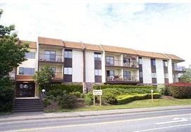 "Photo 1: 211 13775 74 Avenue in Surrey: East Newton Condo for sale in ""HAMPTON PLACE"" : MLS®# R2174175"