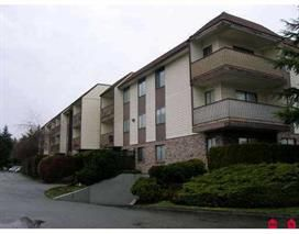 "Photo 3: 211 13775 74 Avenue in Surrey: East Newton Condo for sale in ""HAMPTON PLACE"" : MLS®# R2174175"