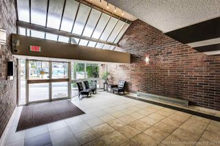 "Photo 2: 711 950 DRAKE Street in Vancouver: Downtown VW Condo for sale in ""ANCHOR POINT II"" (Vancouver West)  : MLS®# R2193803"