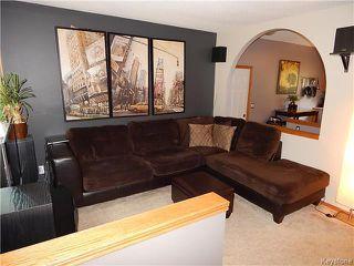Photo 2: 22 Berrydale Avenue in Winnipeg: St Vital Residential for sale (2D)  : MLS®# 1722889