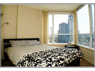 Photo 4: # 1507 1212 HOWE ST in Vancouver: Downtown VW Condo for sale (Vancouver West)  : MLS®# V941105