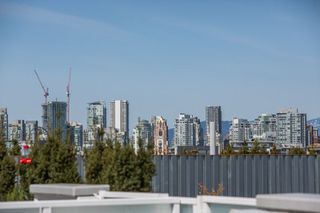 """Photo 4: 607 311 E 6TH Avenue in Vancouver: Mount Pleasant VE Condo for sale in """"The Wohlsein"""" (Vancouver East)  : MLS®# R2259659"""