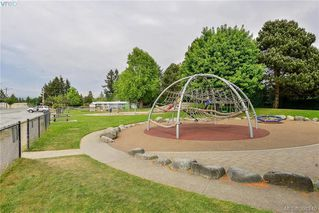 Photo 19: 111 2889 Carlow Rd in VICTORIA: La Langford Proper Row/Townhouse for sale (Langford)  : MLS®# 787688