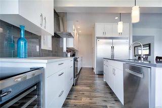 Photo 2: 71 Lake Bend Road in Winnipeg: Bridgwater Lakes Residential for sale (1R)  : MLS®# 1814165