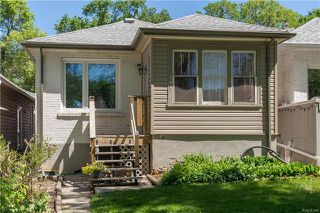 Photo 1: 109 Harbison Avenue in Winnipeg: Glenelm Residential for sale (3C)  : MLS®# 1814973
