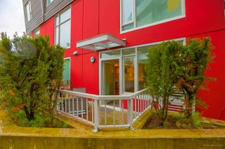 "Photo 3: 110 417 GREAT NORTHERN WAY in Vancouver: Mount Pleasant VE Condo for sale in ""CANVAS"" (Vancouver East)  : MLS®# R2277364"