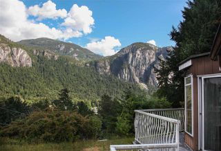 Photo 2: 38290 NORTHRIDGE Drive in Squamish: Hospital Hill House for sale : MLS®# R2285025
