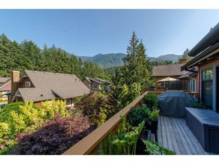 """Photo 12: 1856 HUCKLEBERRY Bend in Cultus Lake: Lindell Beach House for sale in """"COTTAGES AT CULTUS LAKE"""" : MLS®# R2293846"""