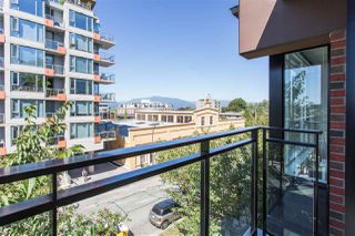 "Photo 12: 305 2321 SCOTIA Street in Vancouver: Mount Pleasant VE Condo for sale in ""SOCIAL"" (Vancouver East)  : MLS®# R2298021"
