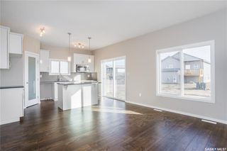 Photo 7: 398 Hassard Close in Saskatoon: Kensington Residential for sale : MLS®# SK748874