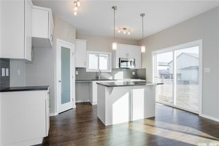 Photo 4: 398 Hassard Close in Saskatoon: Kensington Residential for sale : MLS®# SK748874
