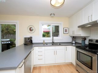 Photo 7: 1321 Pembroke St in VICTORIA: Vi Fernwood Half Duplex for sale (Victoria)  : MLS®# 800491