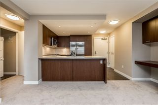 """Photo 8: 312 2940 KING GEORGE Boulevard in Surrey: King George Corridor Condo for sale in """"High Street"""" (South Surrey White Rock)  : MLS®# R2332720"""