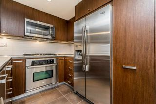 """Photo 11: 312 2940 KING GEORGE Boulevard in Surrey: King George Corridor Condo for sale in """"High Street"""" (South Surrey White Rock)  : MLS®# R2332720"""