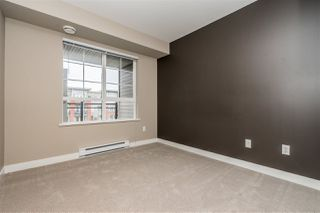 """Photo 6: 312 2940 KING GEORGE Boulevard in Surrey: King George Corridor Condo for sale in """"High Street"""" (South Surrey White Rock)  : MLS®# R2332720"""