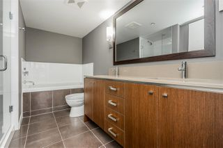 """Photo 10: 312 2940 KING GEORGE Boulevard in Surrey: King George Corridor Condo for sale in """"High Street"""" (South Surrey White Rock)  : MLS®# R2332720"""